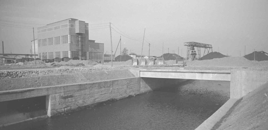 1944_Lambro river close to Innocenti factory