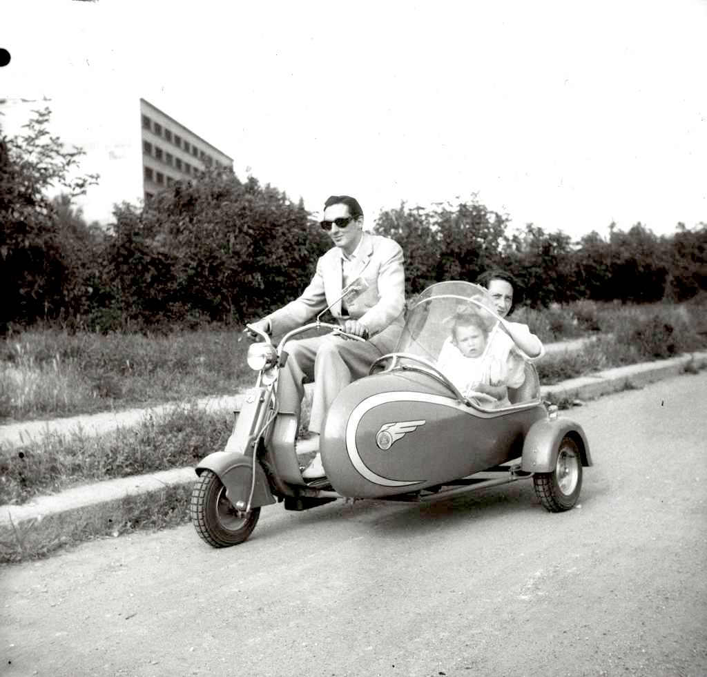 1948 Lambretta 125m with sidecar