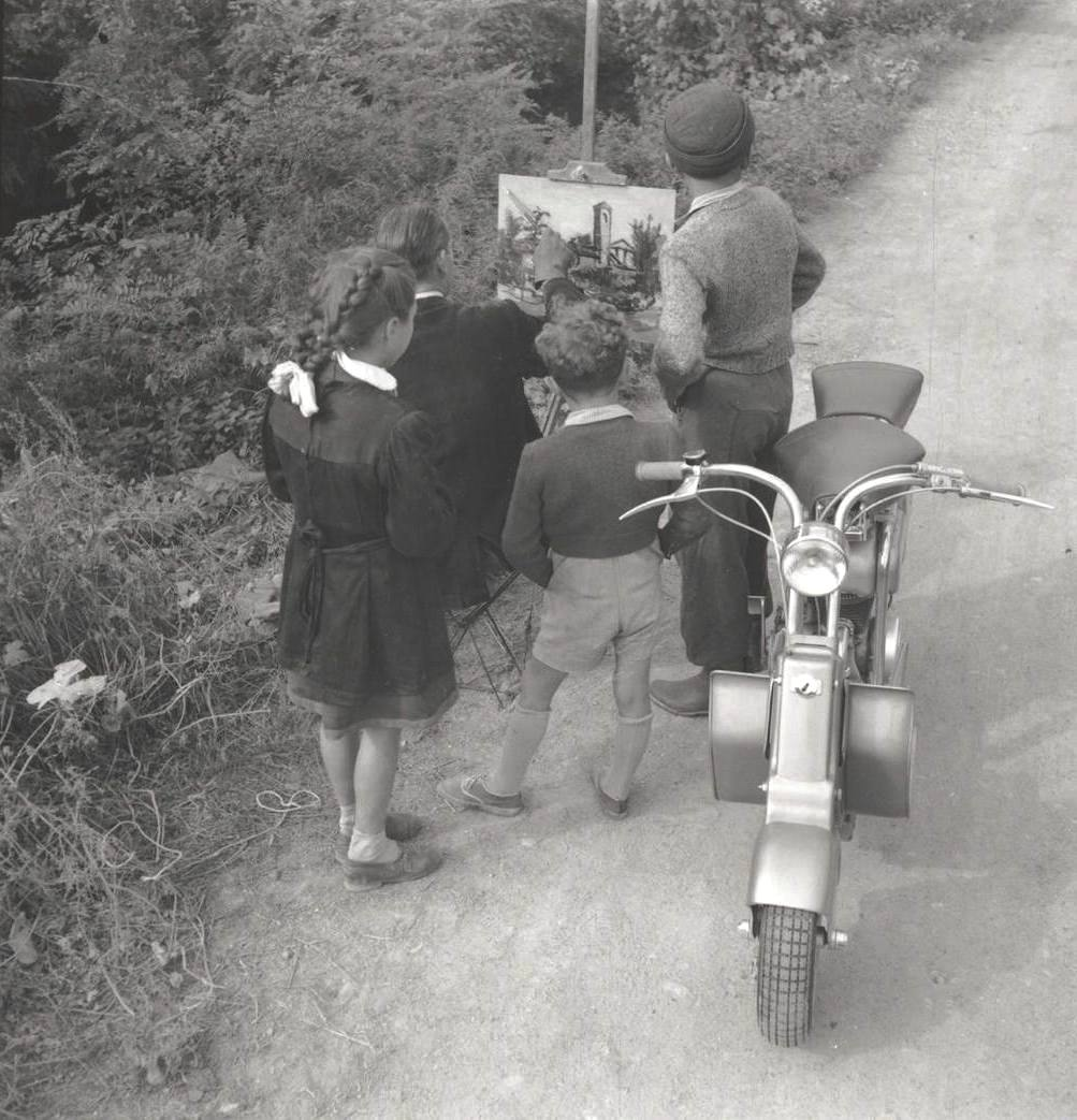 1949 Race painters and Lambretta-0005