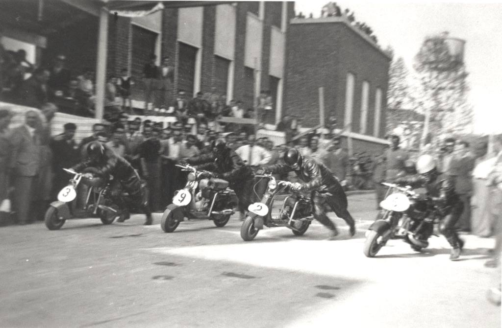 1949_Circuit during the fair of Milan-0001