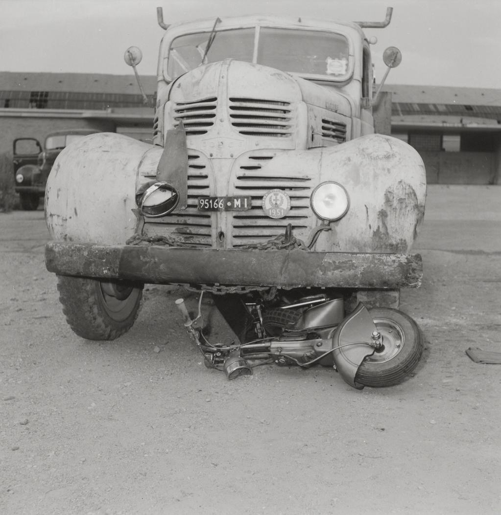 1950_A Dodge truck runs over a Lambretta-0002
