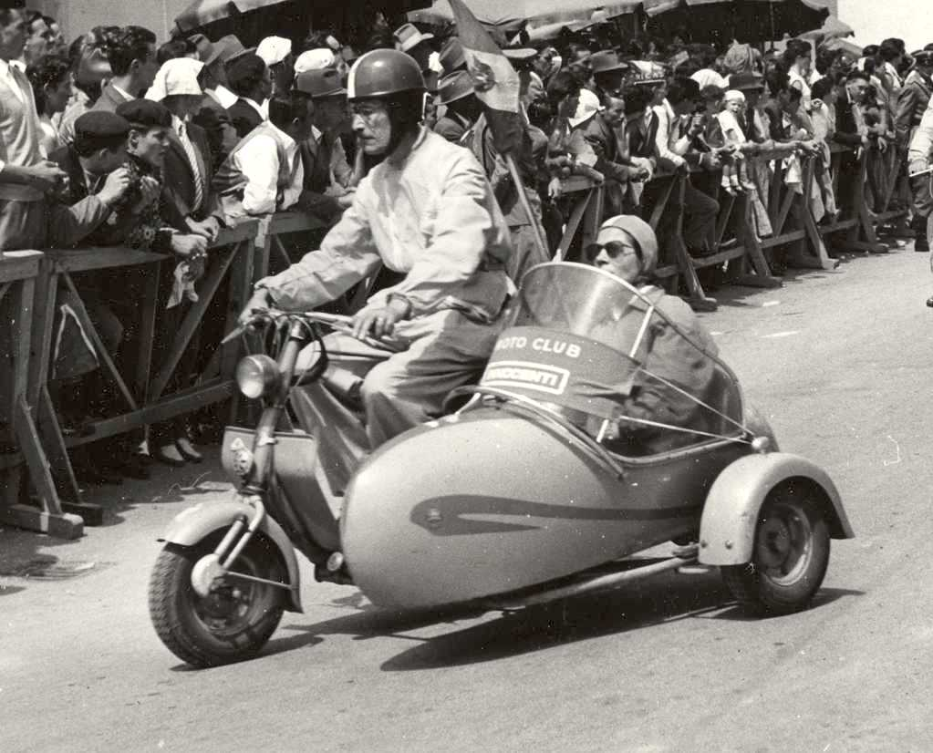 1951 Lambretta 125C with sidecar