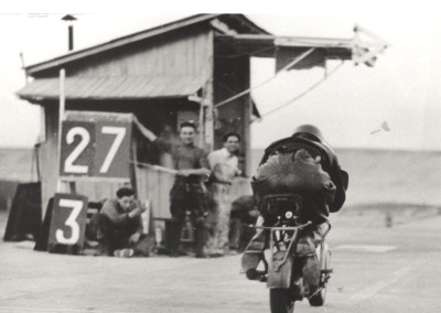 1951_Romolo Ferri sets a world speed record with the Lambretta 125CC class_6