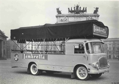 1951_Speacial transport truck for Lambrettas_1