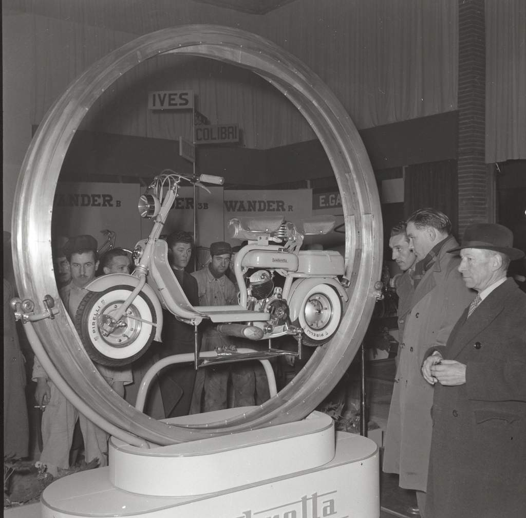 1952 Milan exhibition-0002