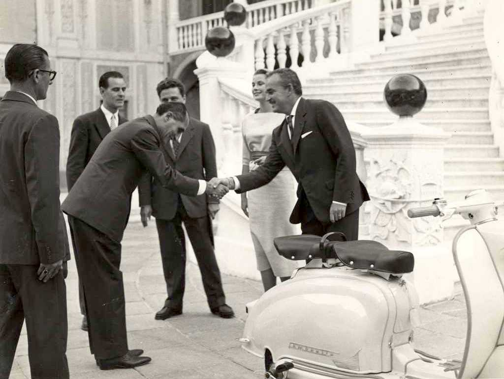 1958 Prince Rainier of Monaco and princess Grace Kelly with a Lambretta 150 LI SERIES 1