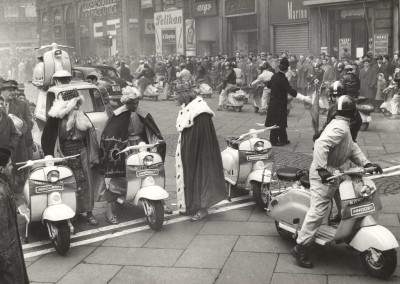 1958_ Epiphany day (the three kings) in Milan_5