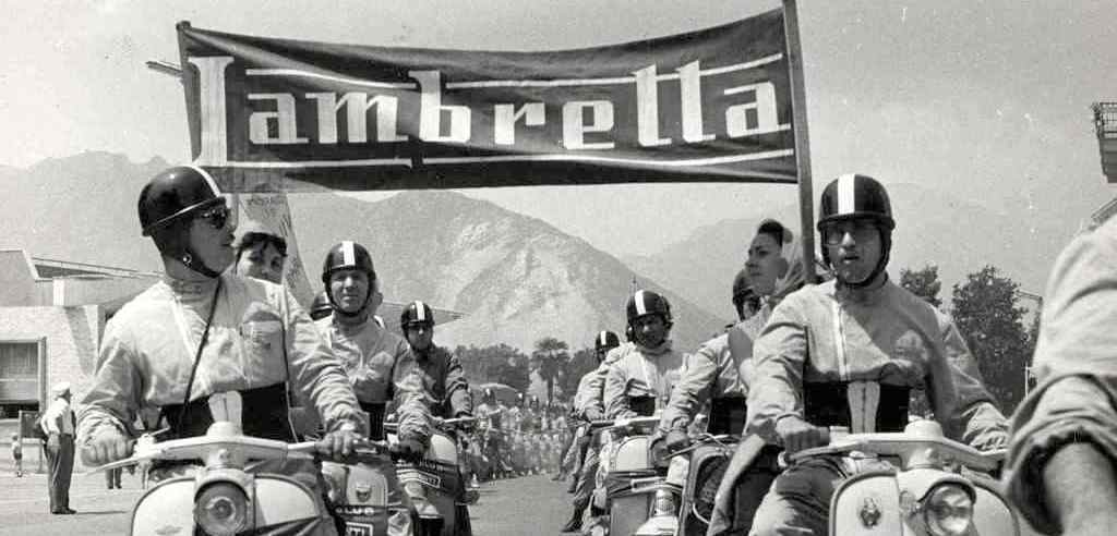 1960 National Narcissus Lambretta motoclub meeting in Lombardy3 copia