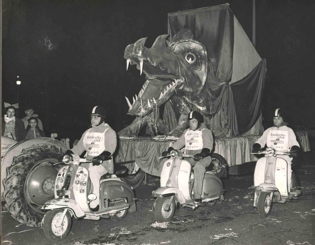 1960_Ambrosian parade, Milan_2