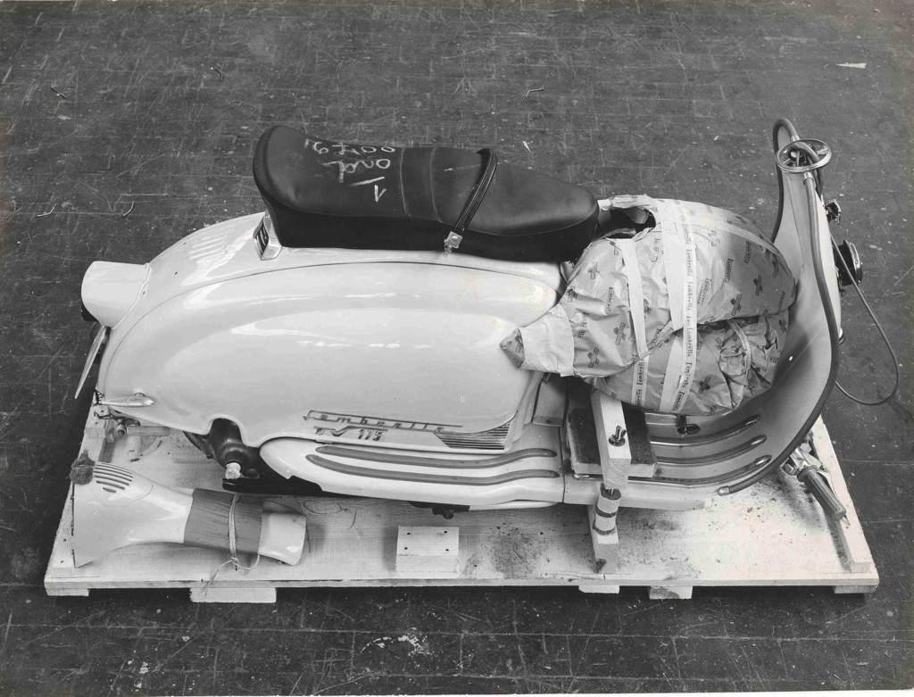 1961_Lambretta LI 150 semi assembled_1