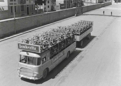 1964 Special transport truck for Lambrettas_1