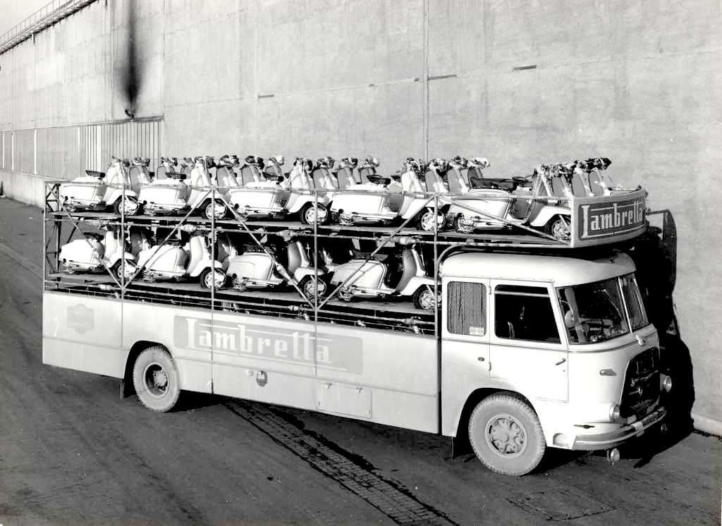 1964 Special transport vehicle for Lambretta's 02