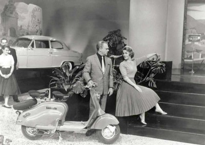 James Cagney with the Lambretta 150LD USA1