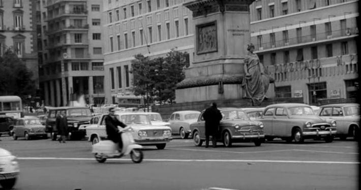 Lambretta LI Series 3 in Le mani sulla città, Movie, 1963