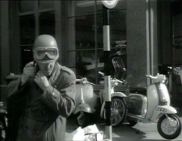Lambretta LI Series 3 in Gideon's Way, TV Series, 1965-1967 Ep. 1.03