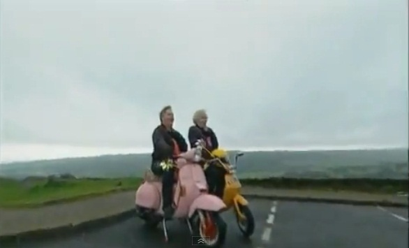 Lambretta Luna in Chewin the Fat, TV Series, 1999-2002 Ep. 4.03