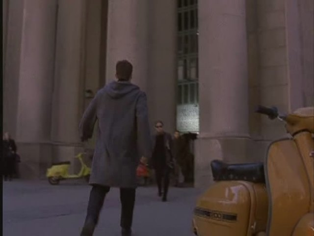 Lambretta 200 GP in La Femme Nikita, TV Series, 1997-2001 Ep. 3.18
