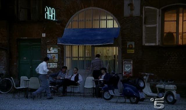 Lambretta D in L'onore e il rispetto, TV Series, 2006 Ep. 1.02