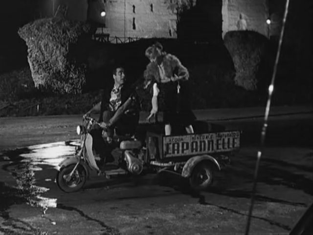 Lambretta FC in Le notti di Cabiria, Movie, 1957