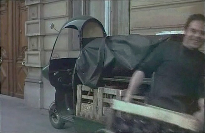 Lambretta FD in La grande lessive, Movie, 1968 three wheeler built in France