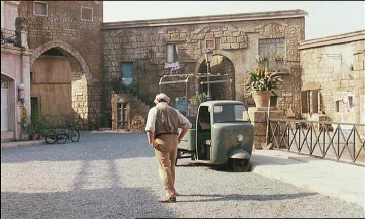 Lambretta Lambro in Momo, Movie, 1986 three wheeler