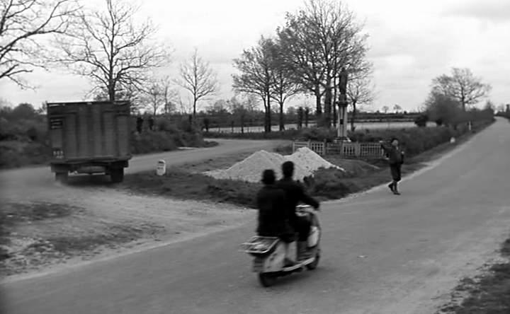Lambretta LC in Les vieux de la vieille, Movie, 1960