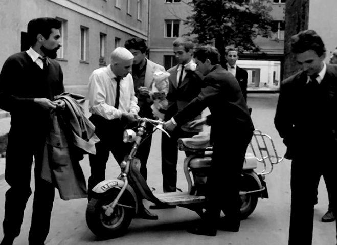 1954 Lambretta 125 D in Niewinni czarodzieje, Movie, 1960